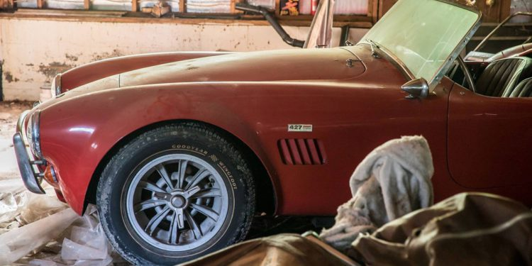 ferrari 275 gtb cobra 427 barn find