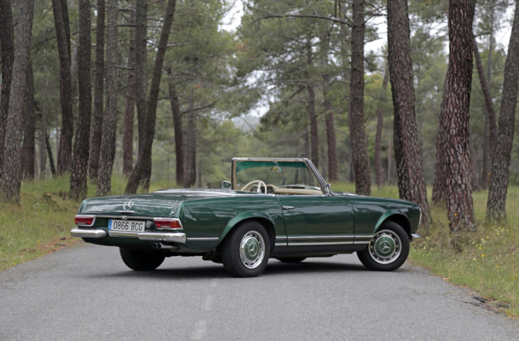 classic car rental spain pagoda